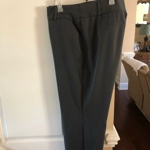 APT.9 gray, tiny pin striped dress slacks. 18WS